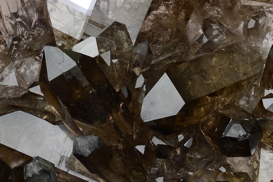 Labradorite Gemstones and Crystals