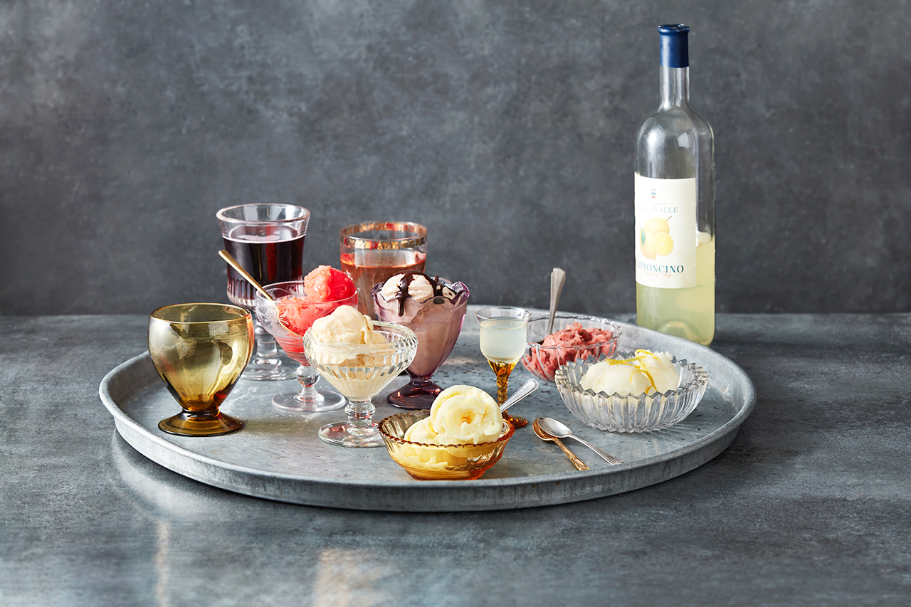 Ice cream and dessert wine tasting tray